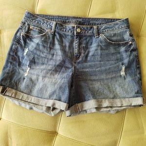 Jennifer Lopez boyfriend shorts size 10